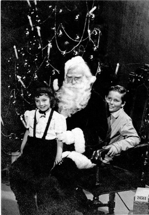 family,old,santa,weird