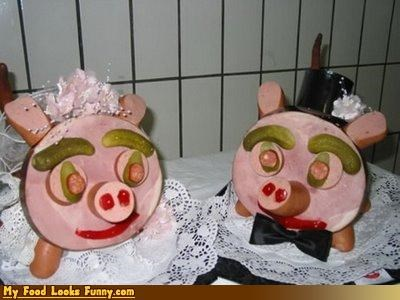 faces ham pickles pig wedding - 4326574080