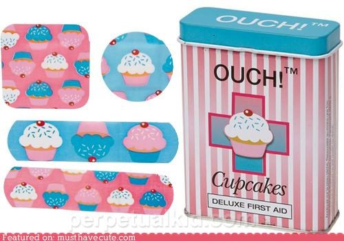 bandages cupcakes injury ouch scrape - 4327351296