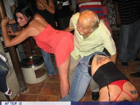booty dance Grandpa ladies old guy - 4328231424