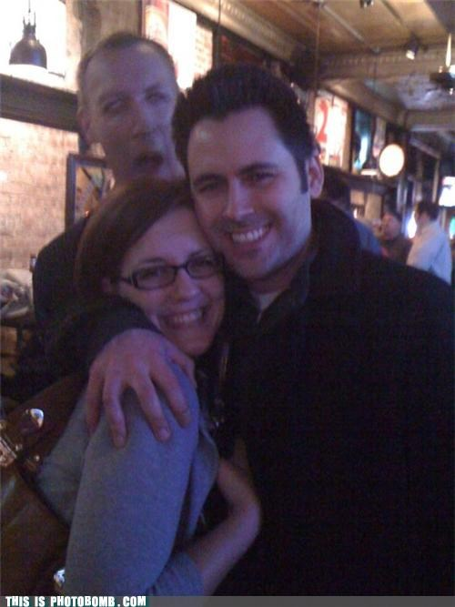 bar,chicago,drinking,help,photobomb,zombie