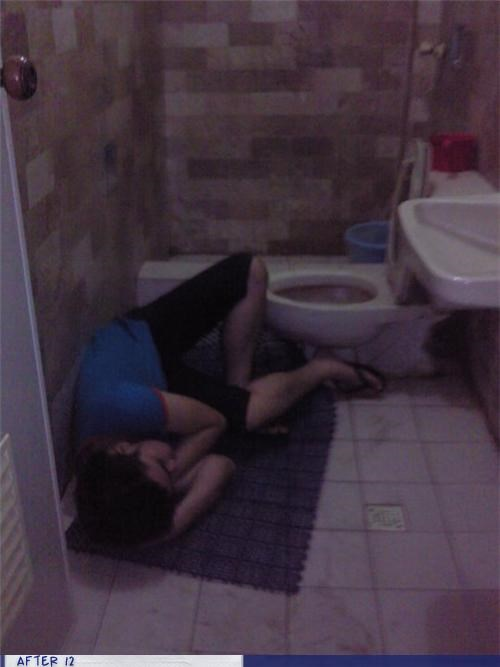 bathmat bathroom passed out puke - 4381604096