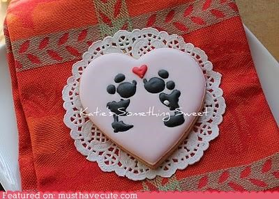 cookies disney epicute heart love mickey mouse minnie mouse silhouette - 4388469248