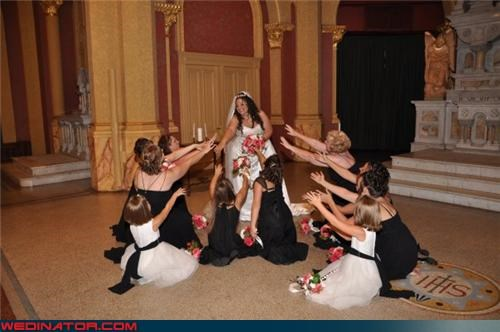 bridal party bridal party worship bridal worship bride crazy bride picture Crazy Brides funny bride picture funny wedding photos wedding party worshipping the bride wtf wtf is this
