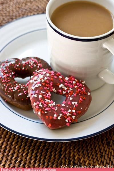 chocolate donuts epicute heart sprinkles valentine