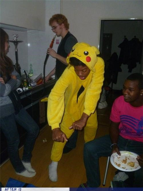 costume dance pikachu wtf - 4436732928