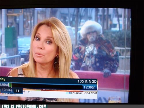 celeb Kathie Lee Gifford photobomb time travel wtf