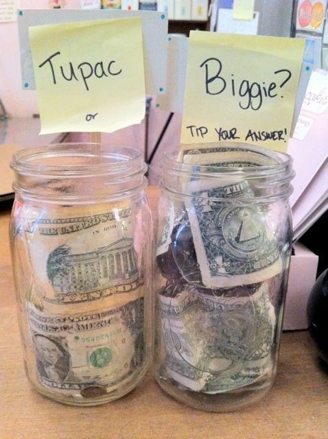 Biggie,mo money mo problems,tupac