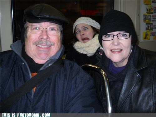 chicago family portrait hats photobomb