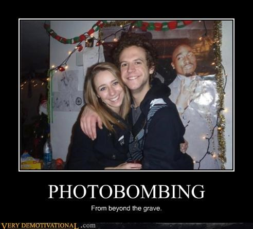 photobomb,tupac,beyond the grave