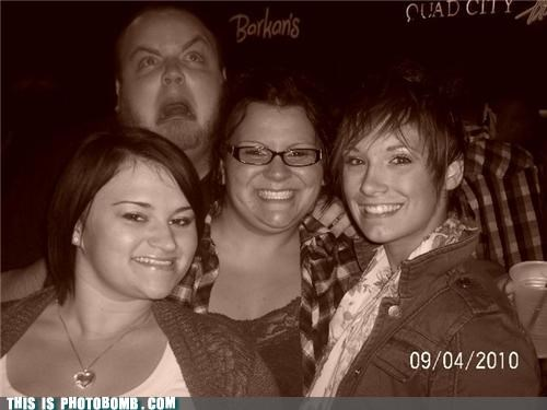 awesome dude,bar,Party,photobomb