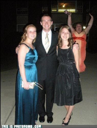formal girls lol photobomb Songs - 4467008768