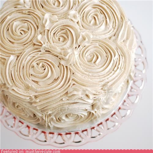 cake epicute flowers frosting red velvet skillz swirly - 4468941568