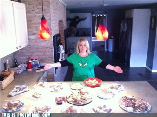 cookies grinch kitchen ninja photobomb