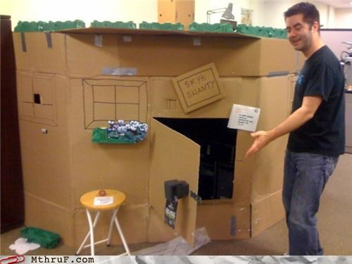 cardboard,cubicle,funny,prank,shanty