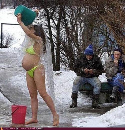 bath cold pregnant russia snow wtf - 4493759232