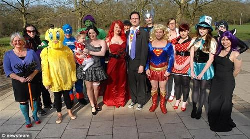 geek wedding,superheroes,weddings