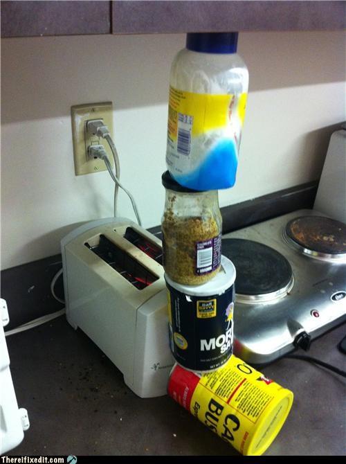 bad puns holding it up kitchen toaster wtf - 4503984384