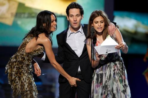cough,Late Links,paul rudd,Rosario Dawson