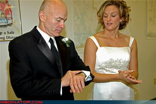 bride,father of the bride,funny wedding photos,late groom