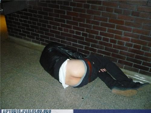 butt crack drunk passed out sidewalk streets - 4533958912