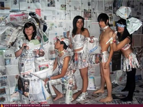 artists clothes newspaper wtf - 4535041280