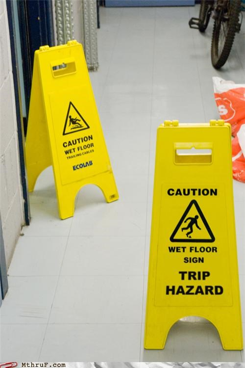 sign,tripping,wet floor sign