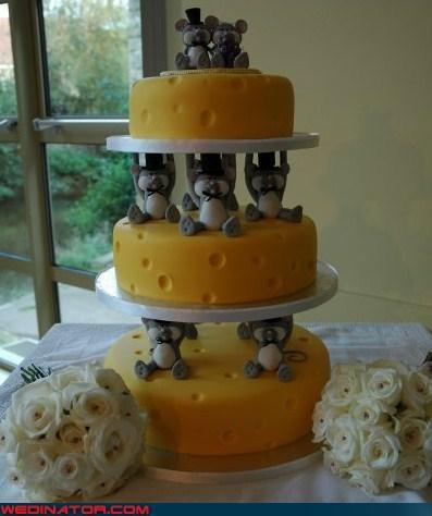 funny wedding photos wedding cake - 4554452736
