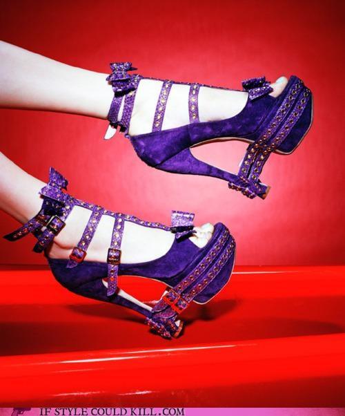 buckles,crazy shoes,heels,purple