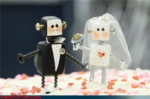 cake toppers,funny wedding photos,robots
