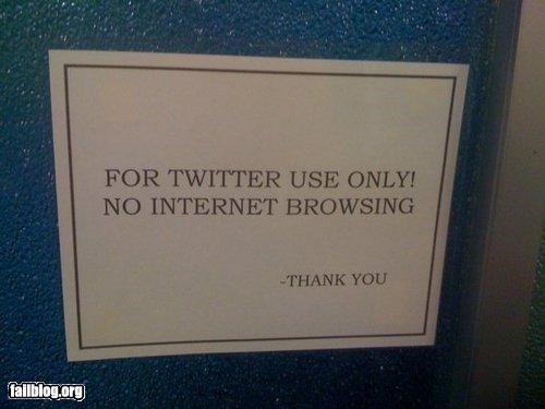 internet oddly specific signs technology twitter - 4577614336