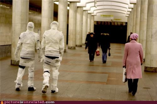 mummy,public,walking around