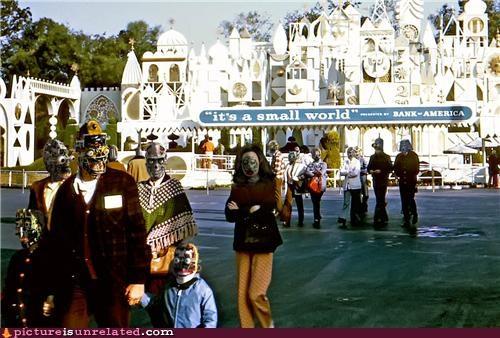 robots scary small world wtf - 4612331008