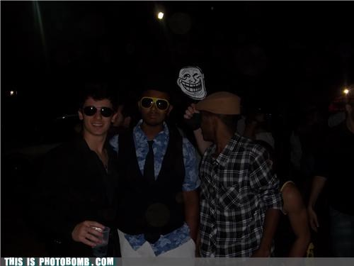 awesome bros Party troll troll face