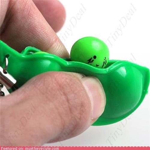 keaychain,peas,pod,stress reliever,toy