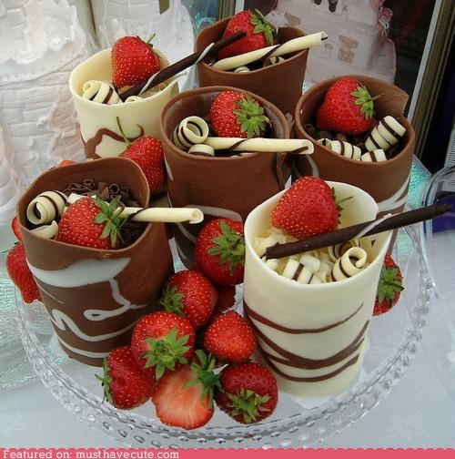 chocolate,cups,curls,epicute,strawberries,straws