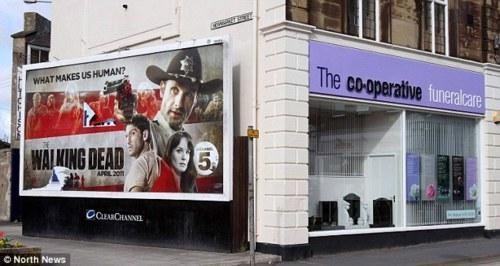 Product Placement,The Walking Dead,Unfortunate Juxtaposition
