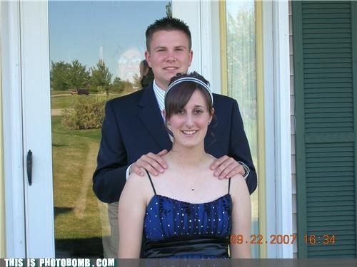 Awkward mom prom - 4652136960