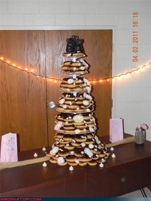 doughnut cake,funny wedding photos,wedding cake