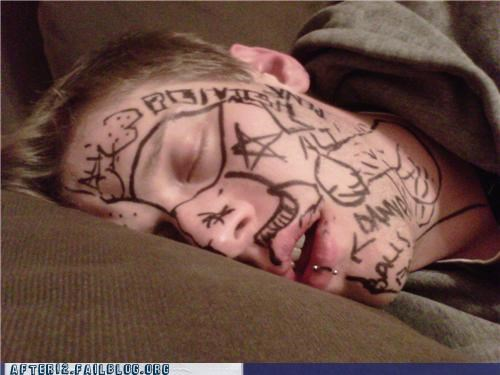 drawing face marker passed out - 4671022592