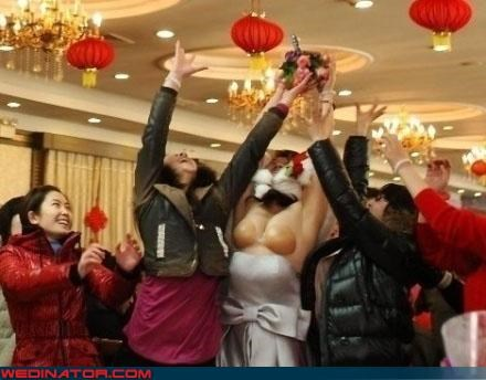 bouquet toss bra funny wedding photos - 4682995968