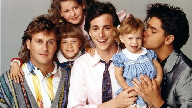 Mary Kate and Ashley john stamos Fuller House netflix full house - 468997