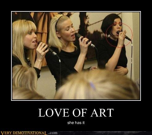 LOVE OF ART she has it