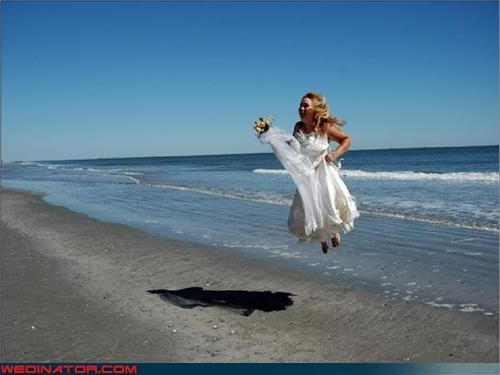 bride jumping,funny wedding photos