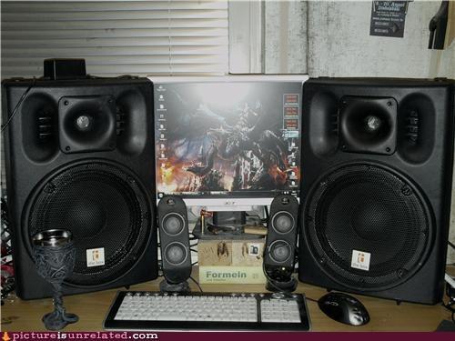 speakers video games wtf - 4700037888