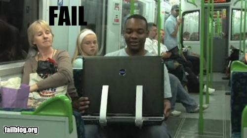 computer g rated laptop public transportation - 4703900928