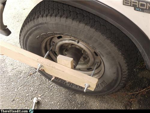 boot cars locked tires wheel wtf - 4704587008