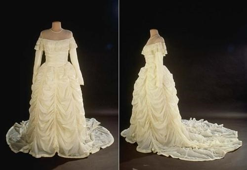 royal wedding wedding dress - 4706842880