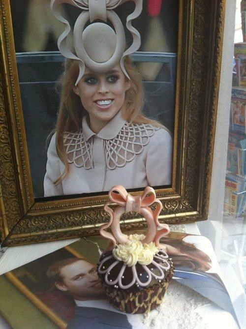 Kickass Cupcake princess-beatrices-hat royal wedding - 4710170368