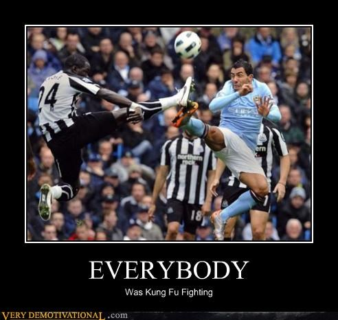 everybody fighting kung fu soccer - 4712688384
